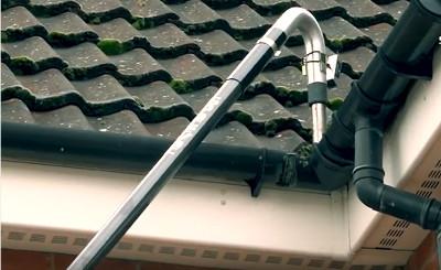 gutter vac cleaning gutters